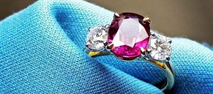 Ruby Gemstone Rings - Northern Ireland