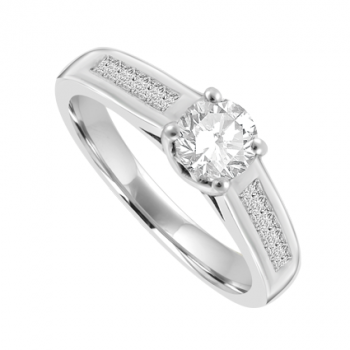 Platinum Solitaire Diamond ring with Princess cut shoulders