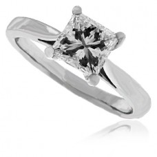 Platinum Princess cut Diamond Solitaire Ring