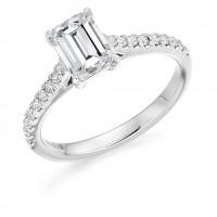 Platinum Emerald cut FSi2 Diamond Solitaire Ring