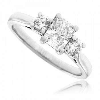 Platinum 3-Stone Radiant & Brilliant cut Diamond Ring