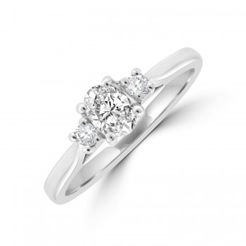 Platinum Three-stone DSi1 Oval & Briliant Diamond Ring