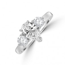 Platinum Three-stone Pear DSi2 Diamond & Brilliant cut Ring