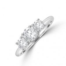 Platinum Three-stone DSi1 Diamond Brilliant cut Ring