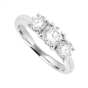 Platinum Three-stone Diamond 4-claw Ring