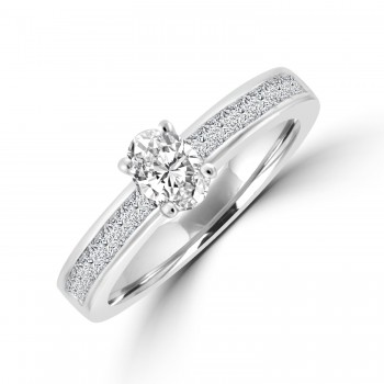 18ct White Gold Solitaire with Princess cut Diamond Shoulders