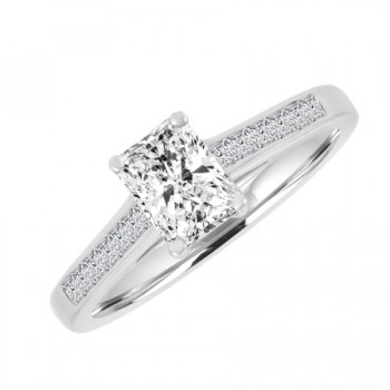18ct White Gold Solitaire Radiant FSI1 Diamond Ring
