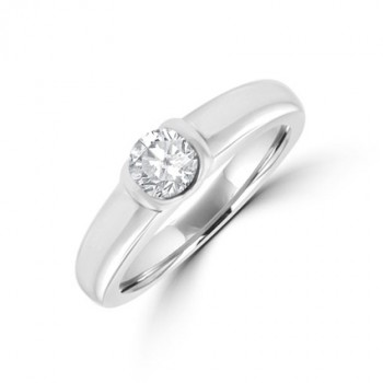 18ct White Gold Solitaire .32ct Diamond Ring