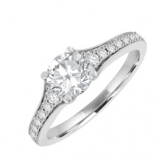 18ct White Gold Solitaire Diamond ing with set shoulders