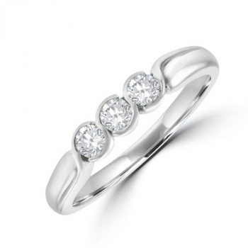 18ct White Gold Three-stone Diamond Ring