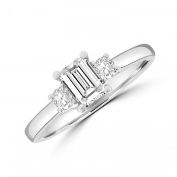 18ct White Gold Emerald cut Three-Stone Ring.