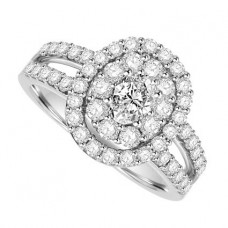 18ct White Gold Oval cut Diamond Solitaire Halo Ring