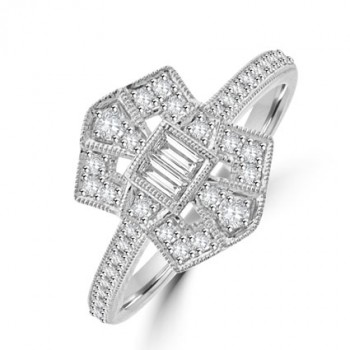 18ct White Gold Vintage style Baguette Diamond Cluster Ring