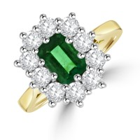18ct Gold Emerald cut Emerald & Diamond Cluster Ring