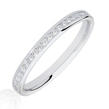 Platinum .25ct Princess cut Diamond Channel Wedding Ring