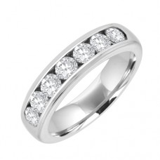 18ct White Gold 7 Stone Eternity Ring.