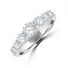 18ct White Gold 7-stone Diamond Graduated Eternity Ring