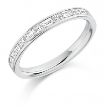 18ct White Gold Princess cut & Baguette Diamond Wedding Ring