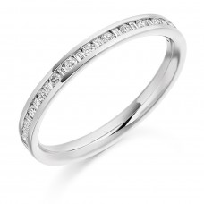 18ct White Gold Brilliant & Baguette Diamond Wedding Ring